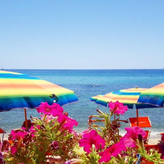 spiaggia seccheto baracchina isola elba