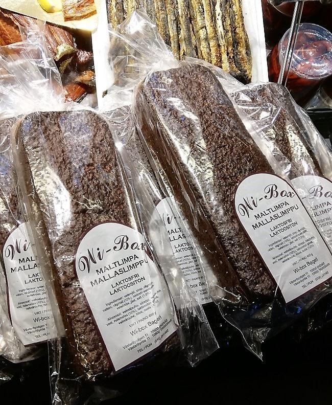 pane di segale nero