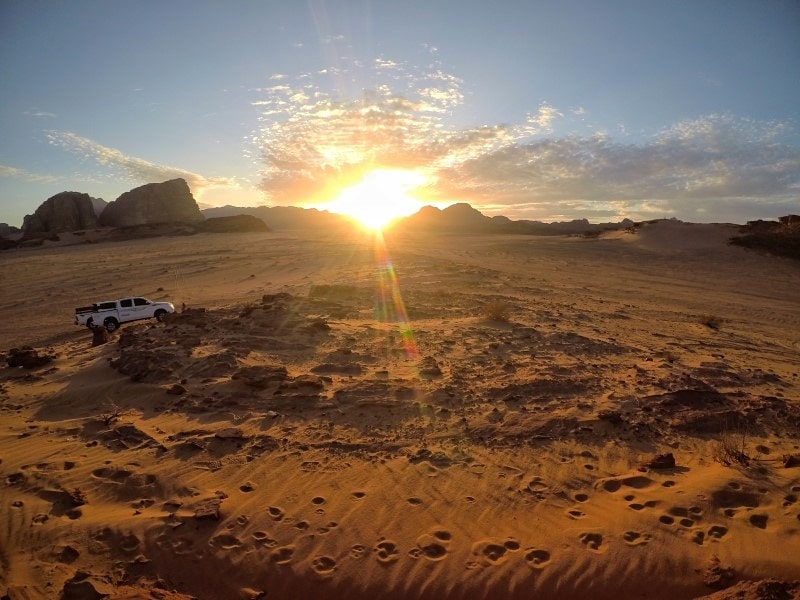 deserto wadi rum tramonto