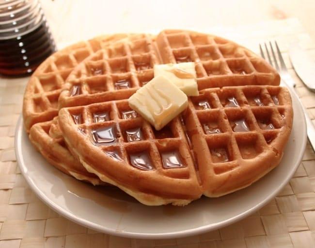 colazione americana waffles