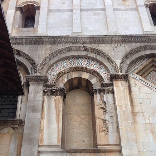 cattedrale pisa faro con due navi
