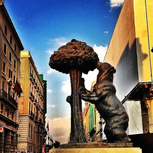 madrid statua orso