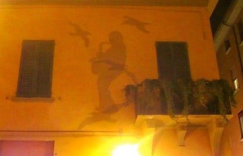 ombra di Lucio dalla bologna