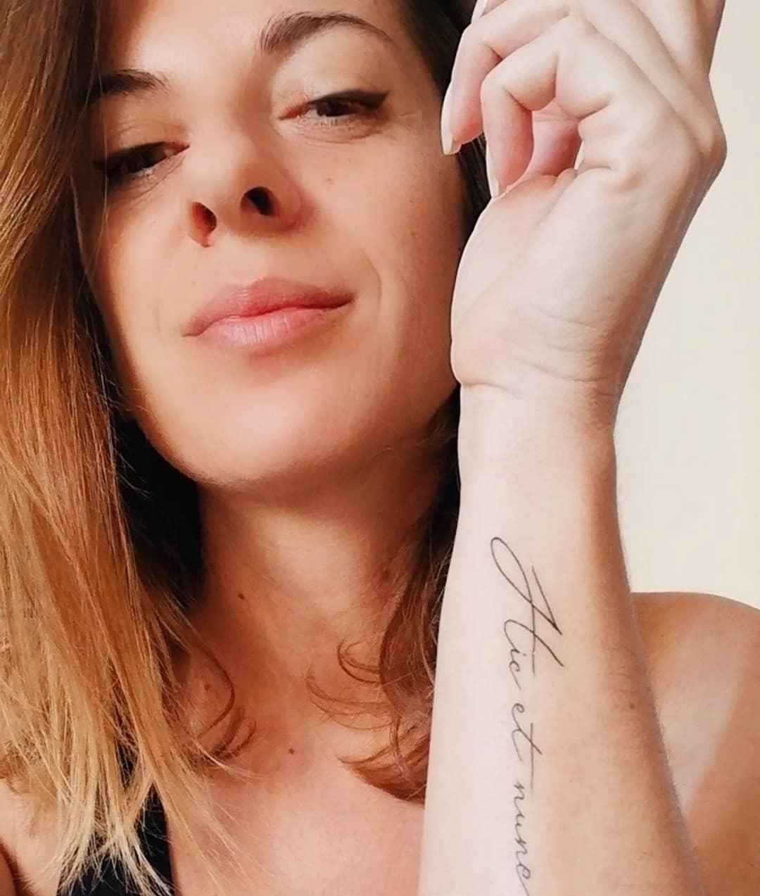 tatuaggio hic et nunc